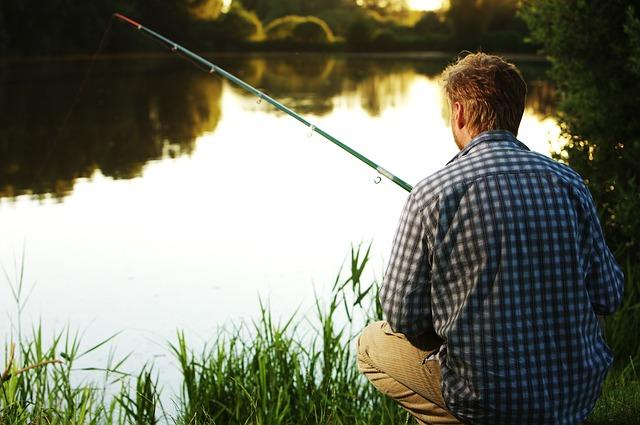 rybář v košili