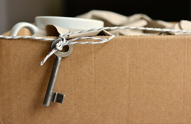 krabice a klíč